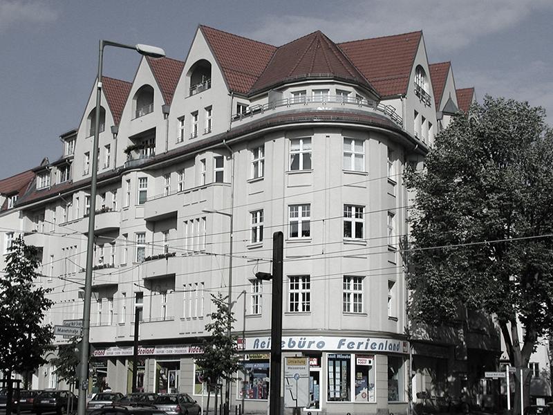 Konrad-Wolf-Straße 119